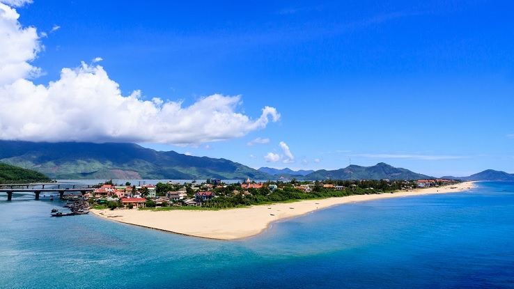 Lang Co Beach, Hue, Vietnam