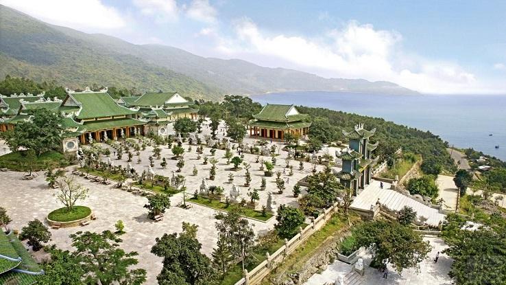 Linh Ung Pagoda (Lady Buddha), Da Nang